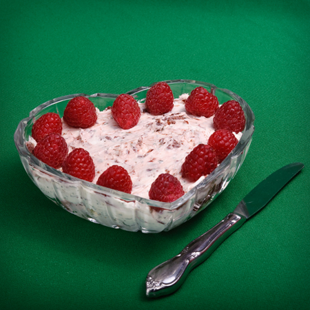 raspberries-with-white-chocolate